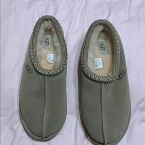 UGG Men's Slippers - Size 10